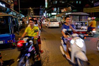 Kambodscha: Als Fußgänger auf den Straßen von Phnom Penh